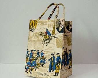 25% OFF SALE / 1970s vintage purse / Colonial novelty print tote / Margaret Smith purse