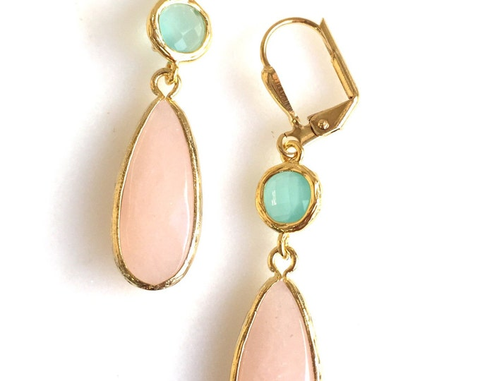 Peach and Aqua Bridesmaids Earrings. Peach Dangle Earrings. Wedding Jewelry. Gift for Her. Bridal Party Jewelry. Drop Earrings.