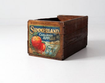 FREE SHIP  vintage apple crate, wooden fruit box, Summerland Canadian apples