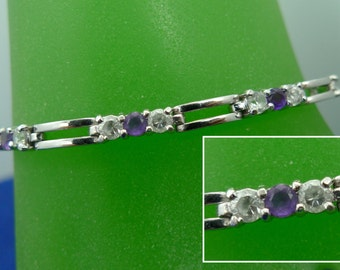 "VERY Purple Amethyst 7.25"" Bracelet Sterling 925 Silver w/ White Gemstone Accent   (BB-16541)"