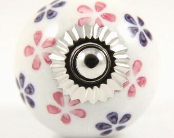 Pink and purple daisy knob 3.9cm PRP007