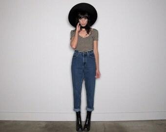 High Rise MOM Jeans 90s Denim Vintage JEANS Size 28 Waist
