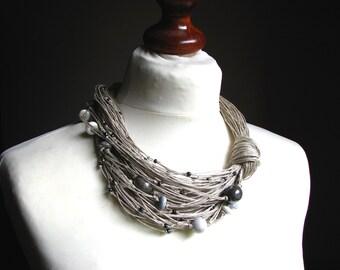 CERAMIC BEIGE raindrops - linen necklace