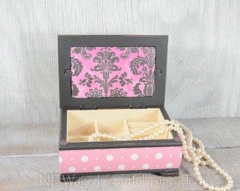 Girls Jewelry box, jewelry organizer, Jewelry holder, pink and black, shabby chic