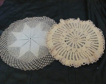 """Lot of 2 Assorted Handmade Vintage Round Crocheted Doilies 11"""" -  #20A"""