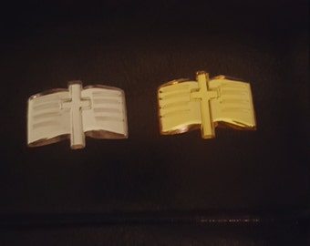24acrylic  bible   charms  for favors /capias