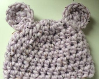 lilac bear baby hat. 3-6 months size. Cute gift. Winter hat. photography prop or great gift.