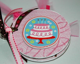 Birthday scrapbook Premade pages chipboard mini album- 4x4 cupcake