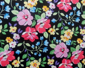 FLOWERS * Flowered Printed Pattern * Retro 40's Style Fabric