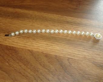 vintage bracelet faux pearls trifari