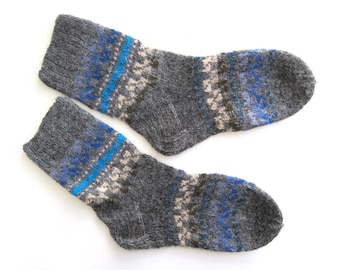 Soft and Subtle Wool Socks hand knit in wool. Size M.