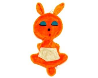 Vintage Mod Plush Bunnie Overnight Bag (E7472)