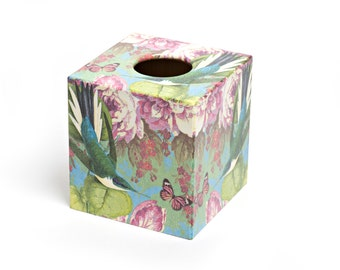 Humming Bird Design Tissue Box Cover Wooden Handmade perfect in homes/ hotels