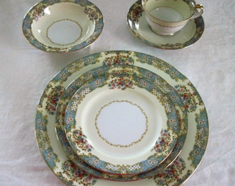 Vintage Noritake China Gloria Pattern 2 Dinner Plates Circa