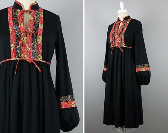 1970s Boho Chic Dress --> 70s Dress --> Indian 1970s Dress --> Vintage Dress --> Bohemian Dress --> 1970 Dress --> Black Dress --> Peasant