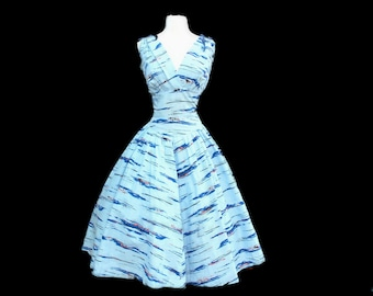 Vintage 1950s sundress - 50s blue novelty full skirt cotton summer dress - medium
