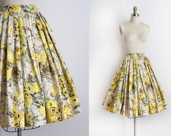 CLEARANCE vintage 1950s skirt // 50s yellow floral full skirt