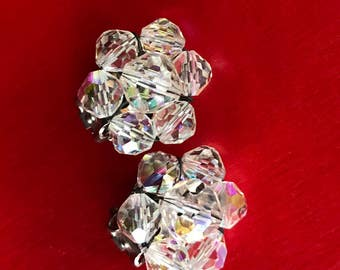 Vintage Small Sweet Cluster Aurora Borealis Crystal Bead Clip On Earrings