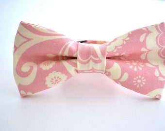 Pink and Ivory Paisley Bow Tie, Pink Bow Tie, Blush Bow Tie, Groomsmen Bow Tie, Wedding Bowties