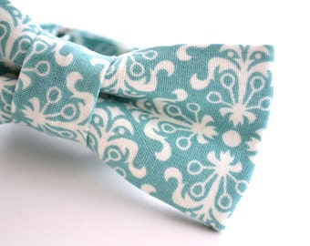 Children's Teal Bowtie, Turquoise Bowtie, Blue Bow Tie, Ringbearer Bow Tie