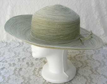 Pale Green Summer Hat, wide brim - wear up or down, flexible, vintage, sz M