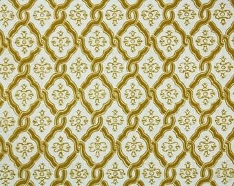 Retro Flock Wallpaper by the Yard 70s Vintage Flock Wallpaper - 1970s Gold Lattice on White