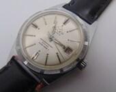 Mens Buler 17 Jewel Mechanical Swiss Watch from the 60's Thunderbird Style Bezel