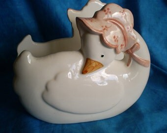 SALE  Vintage, 1984 Fritz and Floyd Goose Napkin Holder.  Was 19.00.
