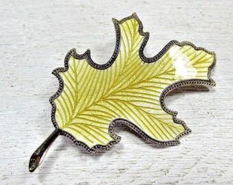 Vintage Oak Leaf Brooch Pin, Guilloche Enamel Brooch, Gold Leaf Brooch, Fall Autumn Jewelry, 1960s Costume Jewelry, Gift for Mom Grandma