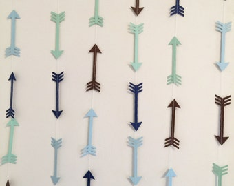 Arrow Head garland - Arrow banner - Woodland Party decor - Camping birthday garland - Baby Shower decor- your color choices