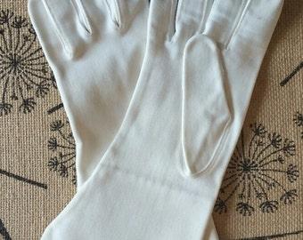 Vintage Ladies White Gloves