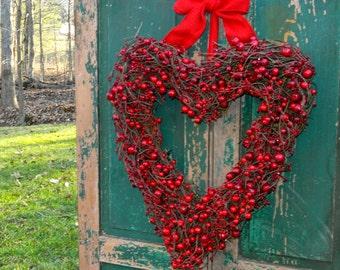 Heart Wreath - Valentine Wreath - Valentine Decoration  - Wedding Wreath