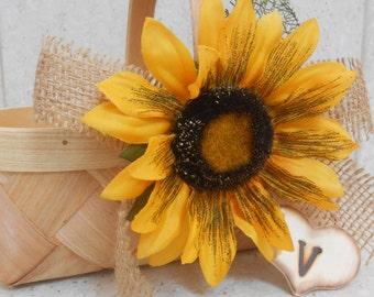 Flower Girl Basket / Sunflower Flower Girl Basket / Country Wedding Decor / Sunflower Basket / Sunflower / Sunflower Wedding Decorations