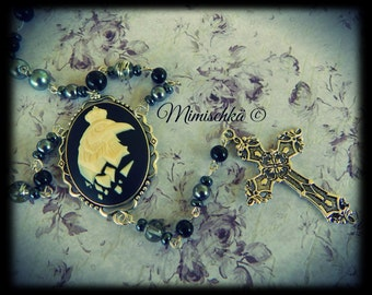 Necklace rosary crow cameo and silver cross