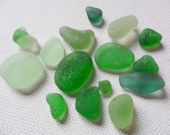 15 pretty green sea glass - Lovely beach find pieces. some imperfect but pretty.