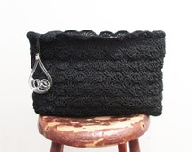Vintage 1940s Handbag | Black Crochet and Lucite Handle 1940s Crochet Bag