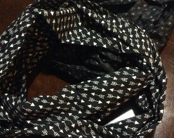 Arrow Infinity Scarf