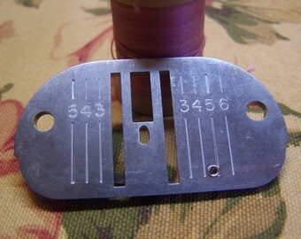 Vintage Singer Touch & Sew Chain Stitch Throat Plate for Slant Sewing Machines Part # 171238