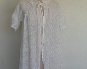 Vintage Lace Robe Dressing Gown Carillon White Lace and Chiffon