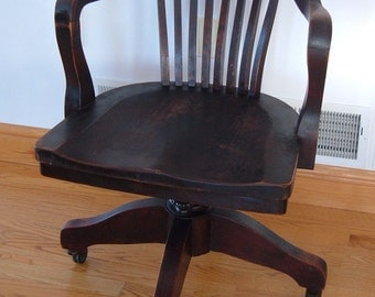 Vintage Heavy Banker, Courthouse, Secretary Desk Chair by Allen Chair Co. Concord Junction, Mass.