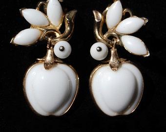 trifari white apple clip on earrings