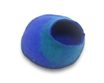 Walking Palm Cat Cave - LARGE - Blue and Turquoise - ships now from usa / walkingpalm.com / Cat Bed / Pet Bed / Hand Felted Wool