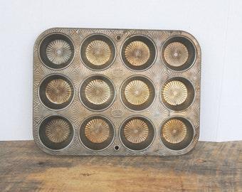 Vintage Muffin Cupcake Baking Pan Ecko Ovenex Starburst Pattern 120 - 12