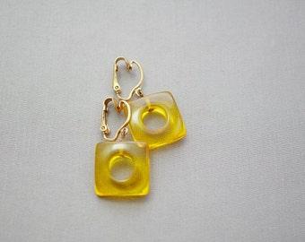 Earrings Vintage Amber Bakelite Square Clip On Earrings