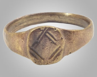 Medieval Mans's Pinky Ring Jewelry C.13th-15th Century  Size 7 3/4 (18.1mm)(BRR125)