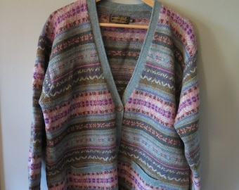 Vintage Eddie Bauer 100 % WOOL Cozy Button Down Double Pocket Fair Isle Cardigan, Size M