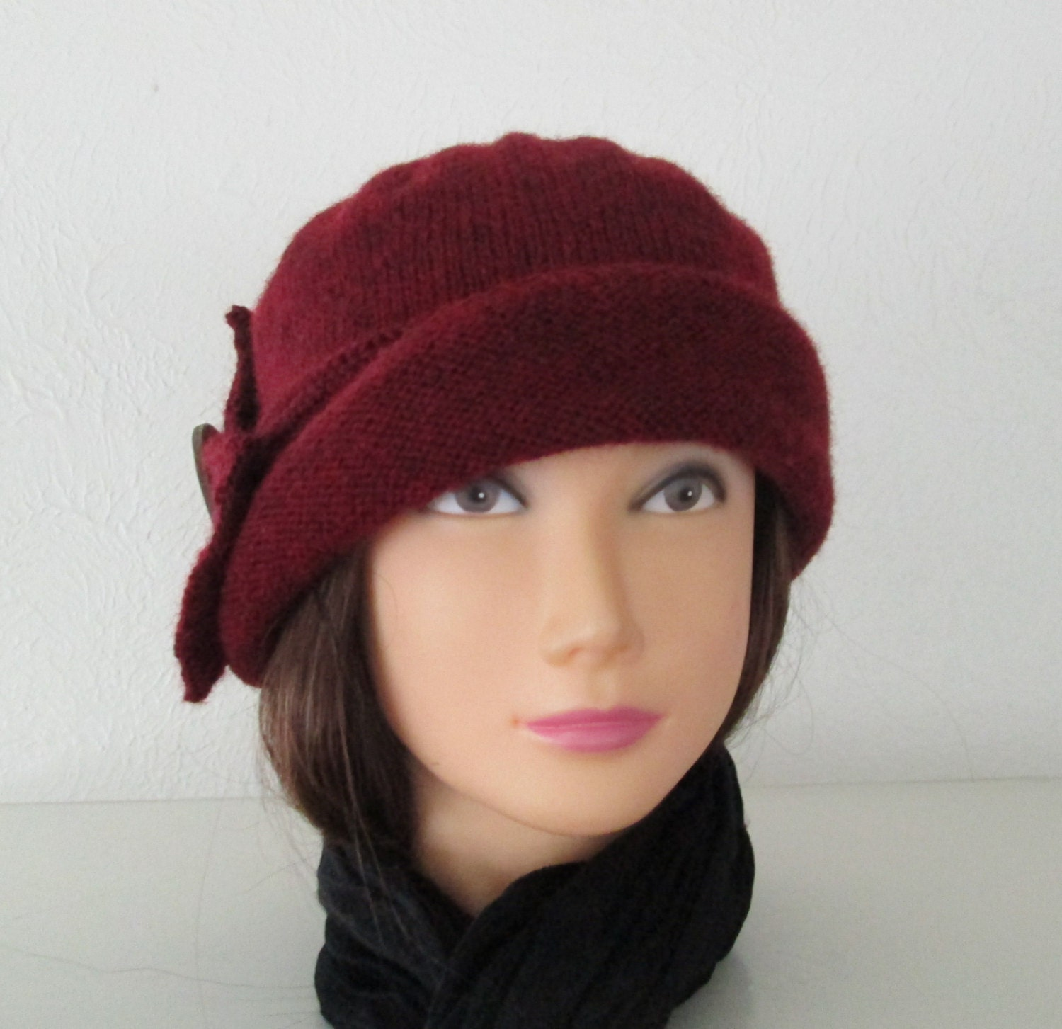 Downton Abbey Knitting Patterns : Knitting Pattern PDF Cloche Lady Mary Hat Downton by SwanAvenue