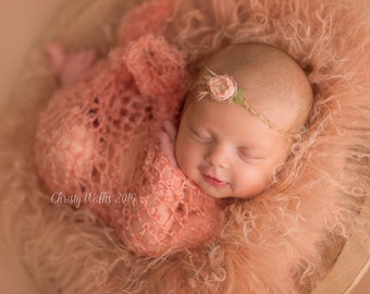 Newborn Wrap / Blanket - 'PEACHES' - Bliss wrap- baby blanket - photography prop - knitbysarah - stitches by sarah