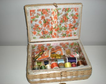 Dritz Sewing Basket, Wicker Sewing Kit, Vintage Dritz Bag Bin w/ SHELF, Craft Container Notions Wood Spools, Authentic Tags & Stamps, As-Is