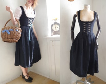 RESERVATION for Marie//Dirndl Dress cute Black Dirndl Balconette Corset style Mid-Lenght Dress /German Folk Traditional / Oktoberfest/ Medi